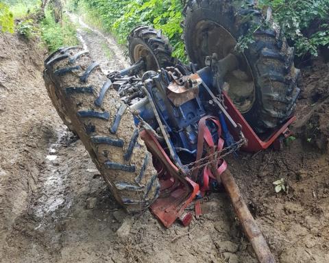 bărbat de 48 de ani strivit de tractor,