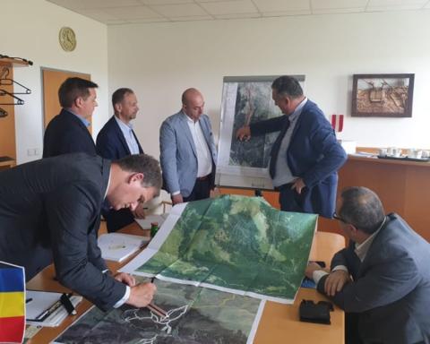 Alexandru Oprea s-a întâlnit cu reprezentanții companiei Doppelmayr