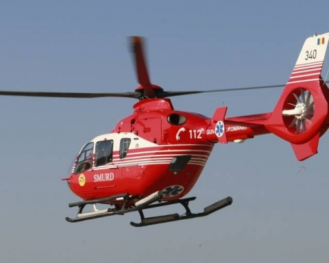 Minoră rănită. Merișu DB transportata cu elicopterul SMURD